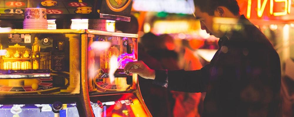 Kan man livnära sig på casinospel? Vi beskriver hur du kan det!