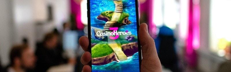 Självklart är Casino Heroes 3.0 mobilanpassat så till den mildaste grad