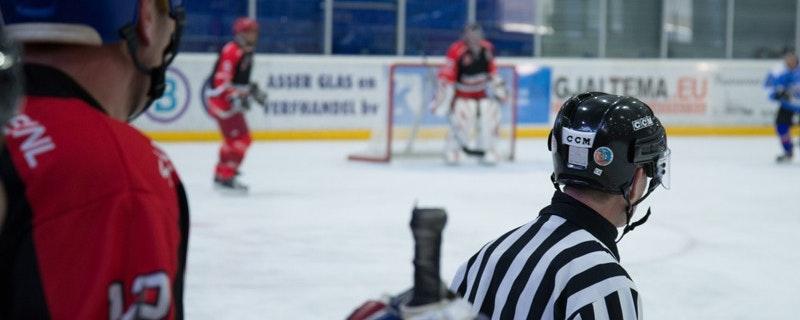 Andreas Enquist tillbaka på is