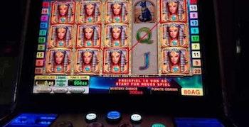 Automaterna på Casino Cosmopol delade ut miljoner på grund av strul