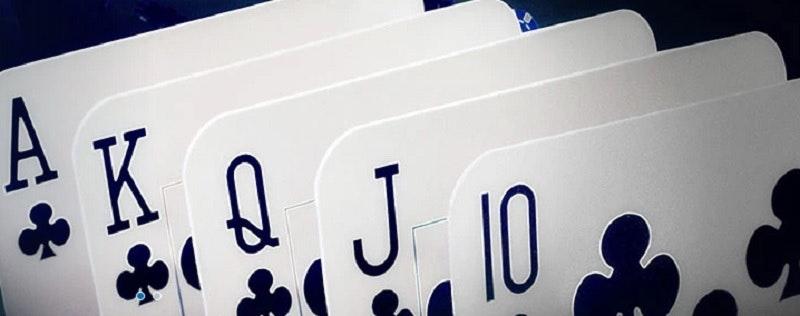 Pokerturnering varje månad