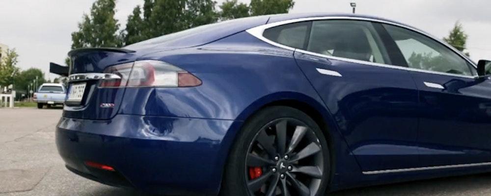 Vinn en Tesla Model S hos iGame i augusti - Kör du lyxbil i september?
